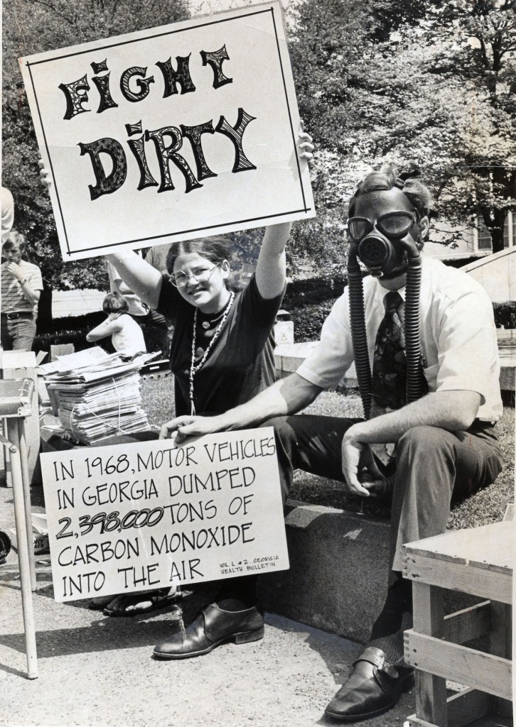 Atlantans Leigh Bunkins and Tom Duggins campaign for the environment in Hurt Park on Earth Day. Staff Photo-Bill Wilson Original photo date April 23, 1970